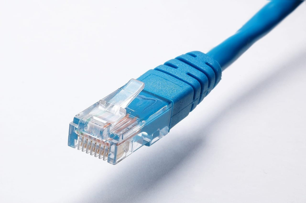 Internet med kabel det løser ODENSE EL kontakt os på   ☎ 65905510